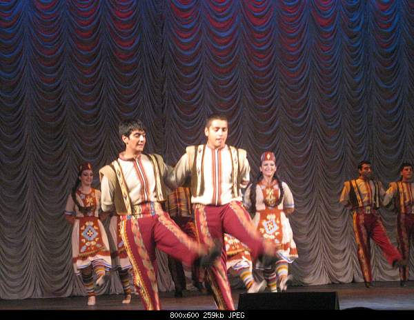 «Жемчужины армянского народного танца и песни» в Москве-img_2182.jpg