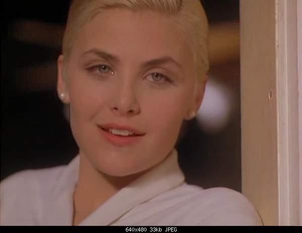 Лучшие 10 эротических сцен в кино-two-moon-junction-18.jpg