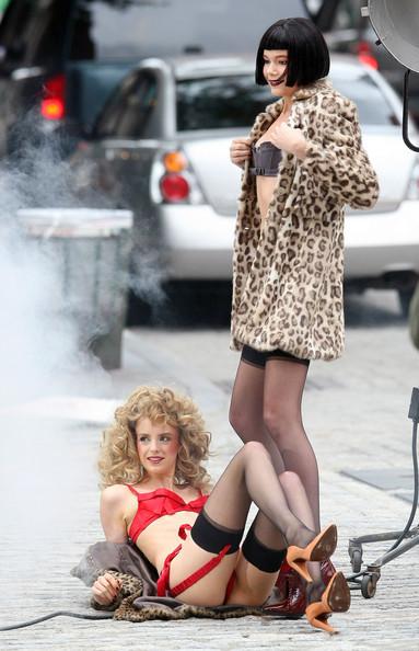 Models+Doing+Fashion+Shoot+New+York+City+YwmJMe6Kfzjl.jpg (77.0 KB, )