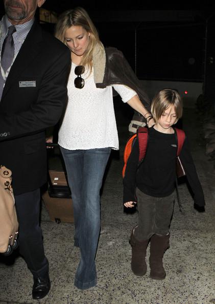 Kate+Hudson+Kate+Hudson+Son+Ryder+Arriving+0zDjKVR1Scel.jpg (76.8 KB, )
