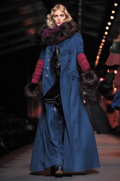 Christian+Dior+Runway+Paris+Fashion+Week+Fall+3EqAhF1C-jEl.jpg (57.2 KB, )