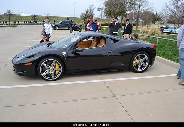 Ferrari-5583398359_d5ed627d09_oitalia.jpg