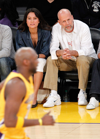 Celebrities+At+The+Lakers+Game+eYinBTPds-Dl.jpg (81.8 KB, )